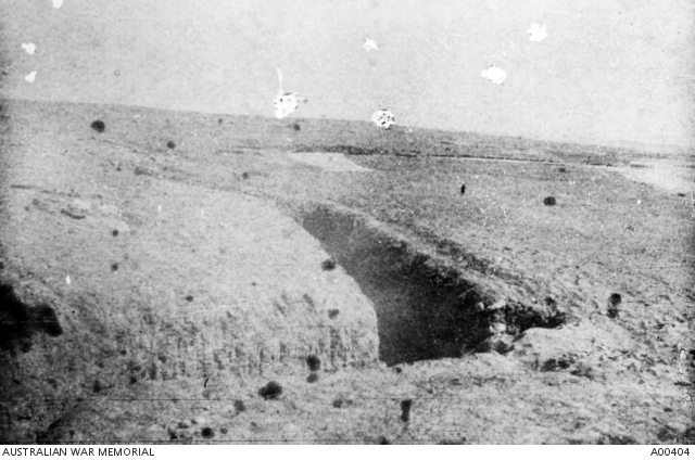 Trenches at Tel-es-Saba: objective of the NZ Mounted Rifle Brigade. A00404