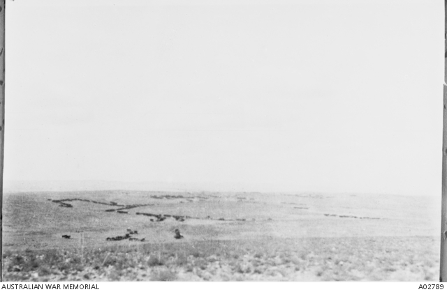 4th LH Regiment moving into action at the battle of Beersheba. A02789